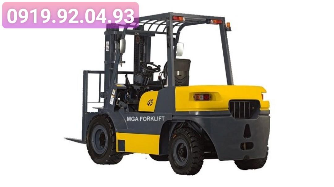 Xe nâng dầu MGA 4.5 tấn