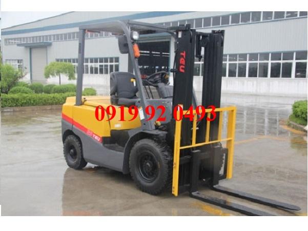 Xe nâng TEU 3 tấn thử tải trước khi xuất kho như thế nào?