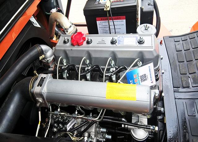 Xe nâng động cơ MITSUBISHI và XINCHAI